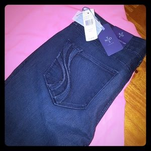NWT NYDJ Slim Straight Leg Woman's Jeans
